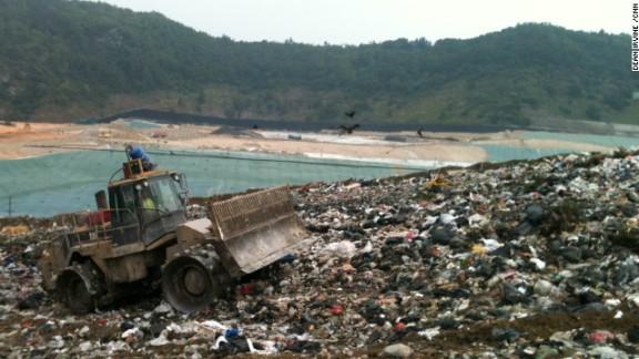 hong-kong-landfill
